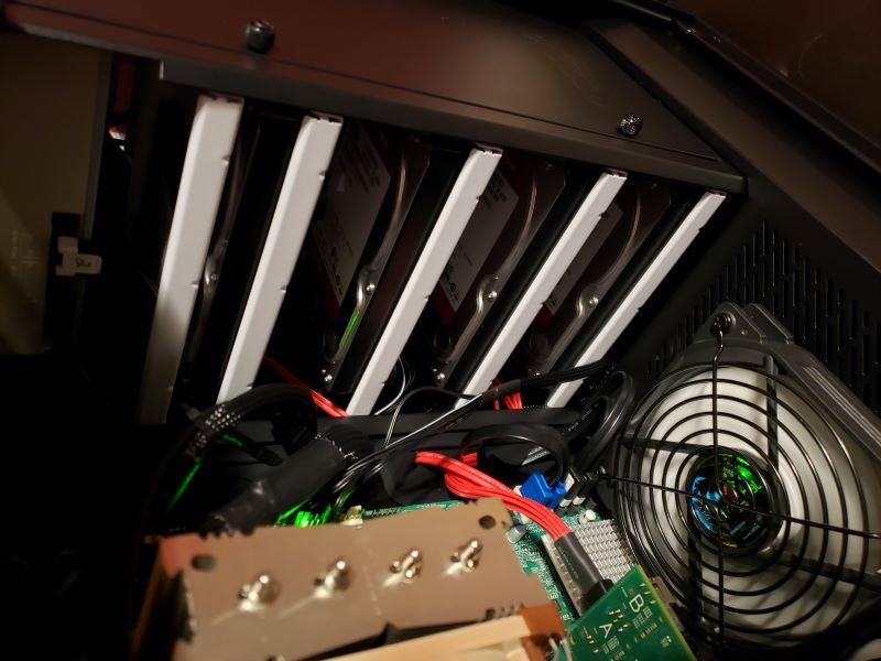 Supermicro X9SRL-F + E5-2670v2 | iXsystems Community