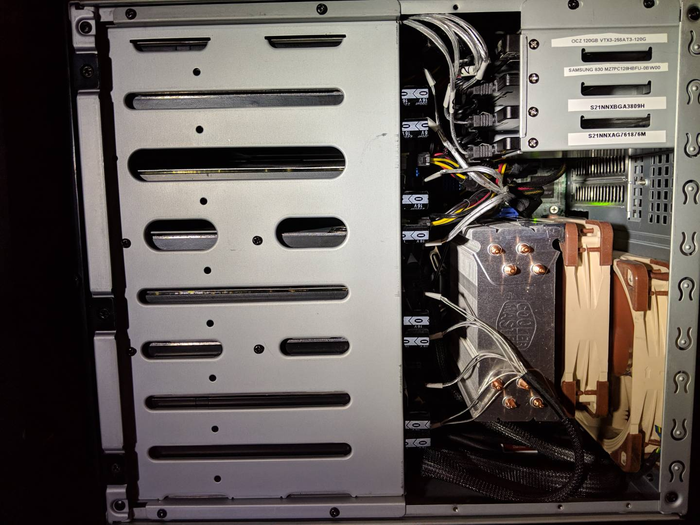 What is the smallest HBA card compatible with FreeNAS